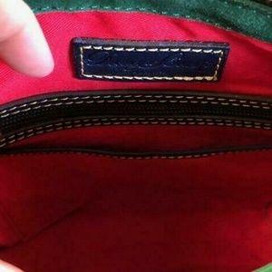 Dooney & Bourke Bags - NWT Dooney & Bourke Huntington Letter Carrier